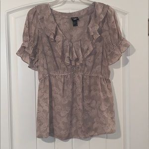 H&M short sleeve ruffle top, size 8